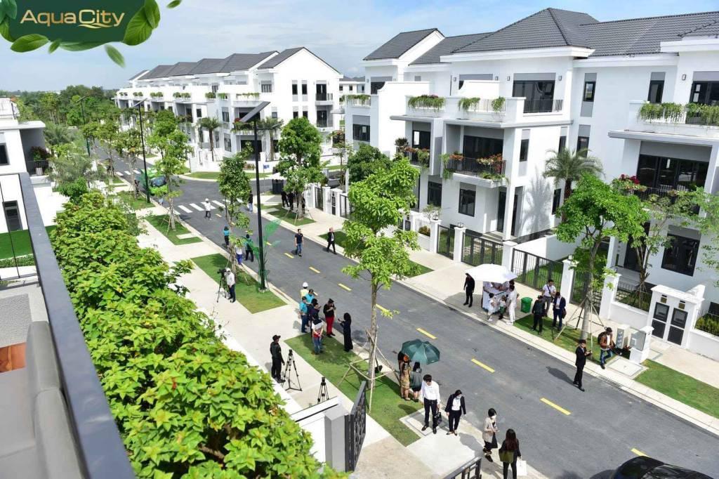 Giá bán bất động sản Aqua 2021