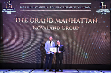 the grand manhattan giai thuong00033 1